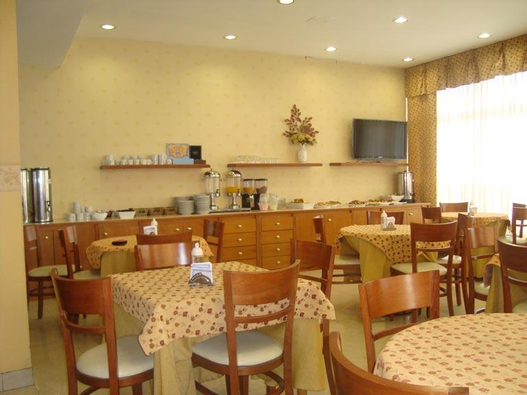 desayunador-hotel-luey-02