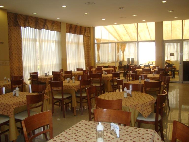 desayunador-hotel-luey-05